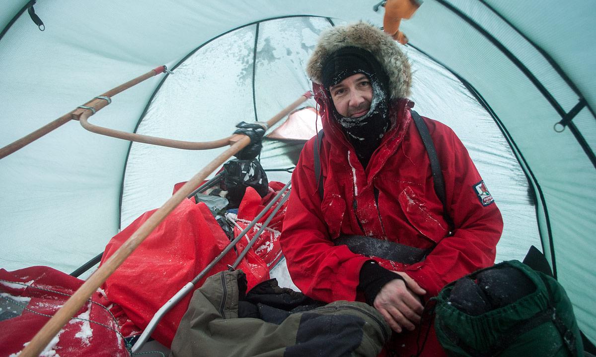 Im Zelt Vor Blitz Geschützt : Skitour sturm auf dem fjäll · nordwärts
