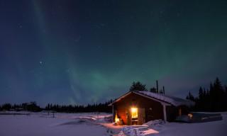 Polarlicht über der Sauna