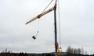 AIK-Flagge an einem Baukran