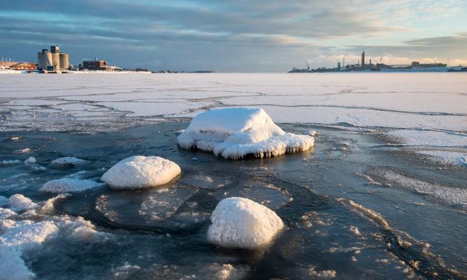 neues Eis auf der Lillingörviken