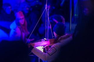 Aufgehängte Geige