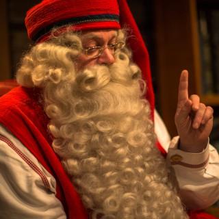 Joulupukki –Santa Claus –der Weihnachtsmann