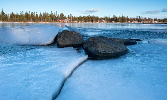 Eis und offenes Wasser vor Storgrundet