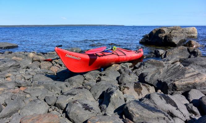 Am Ufer von Djupskär