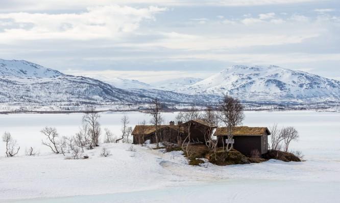 Hütten am See