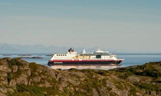 Hurtigrutenschiff Midnatsol